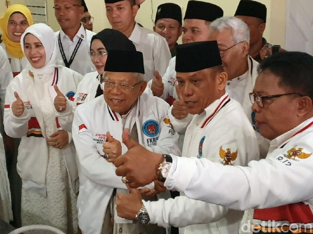Relawan Jokowi Klaim Ada 17 Kepala Daerah di Sumbar Beri Dukungan