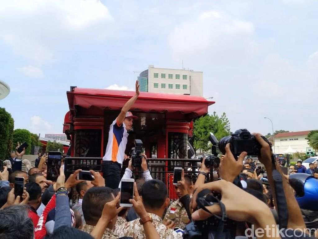 Marc Marquez Hangatkan Bandung