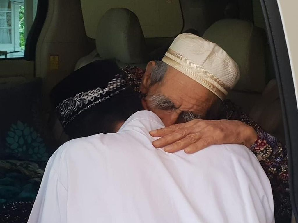 Kala Ustaz Abdul Somad Sowan ke Habib Luthfi hingga Mbah Moen