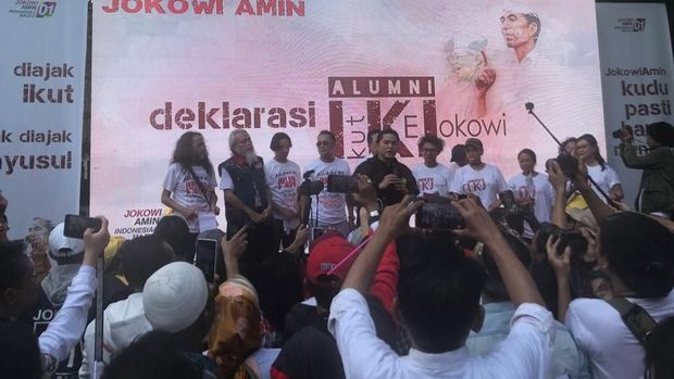 Alumni IKJ Deklarasi Dukung Jokowi, Hanung hingga Riri Riza Hadir