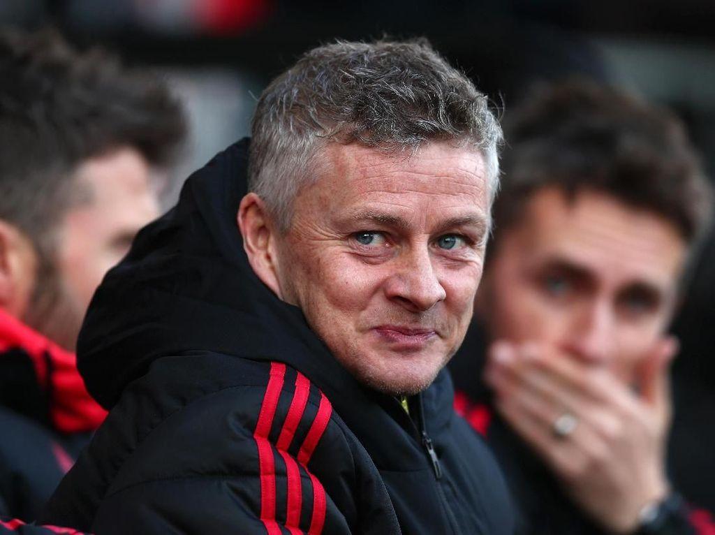 Enam Pemain Incaran Manchester United