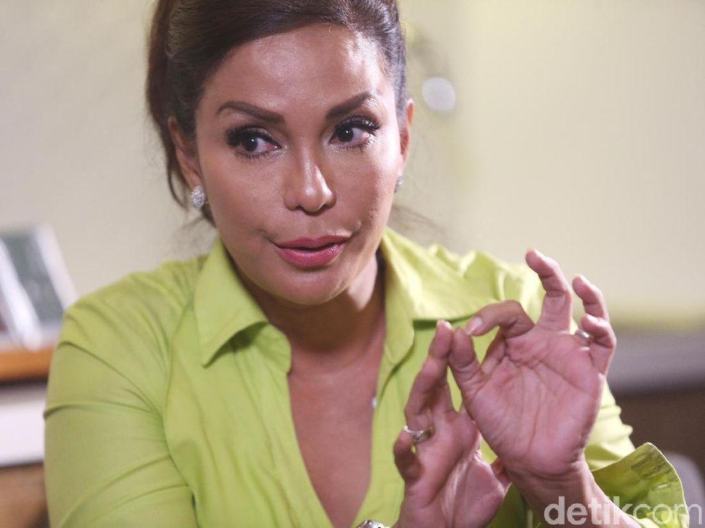 Lama Tak Muncul di Televisi, Apa Kesibukan Soraya Haque Sekarang?