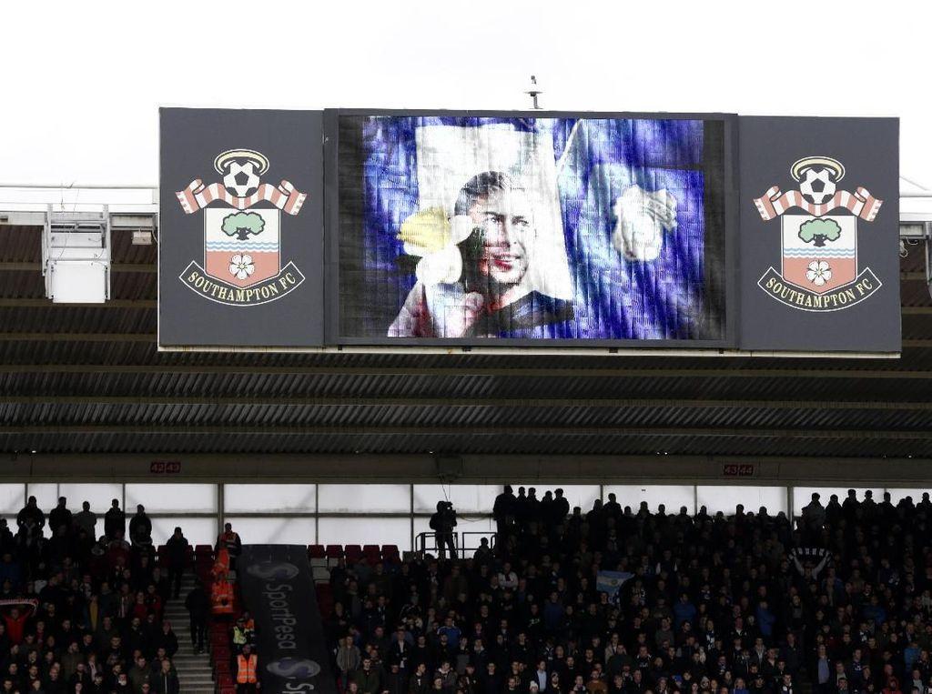Jadikan Tewasnya Emiliano Sala Candaan, Dua Fans Southampton Dipolisikan