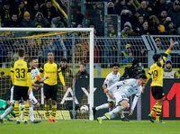 Buang Keunggulan Tiga Gol, Dortmund Ditahan Hoffenheim 3-3