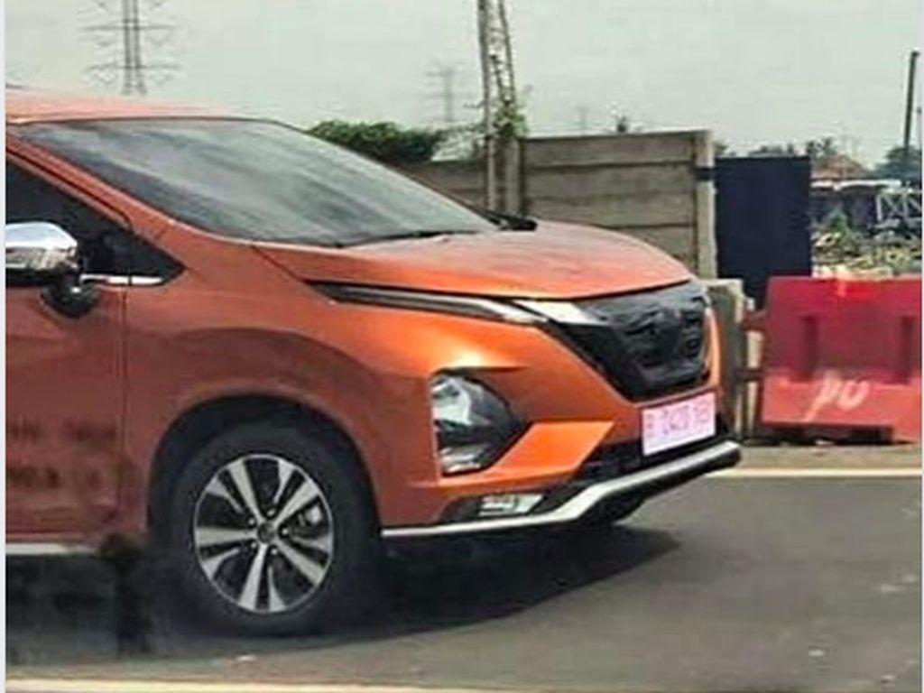 Bocor! Ini Wujud Nissan Livina Berbodi Xpander