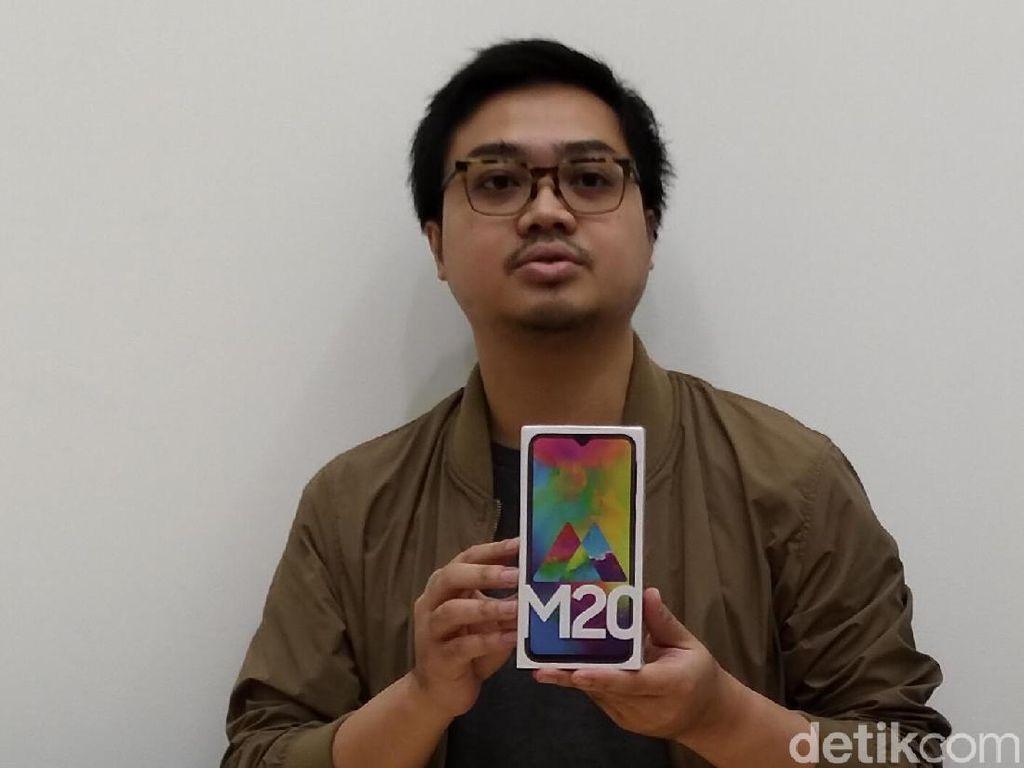 Samsung Tak Sekalian Bawa Galaxy M10 ke Indonesia, Kenapa?