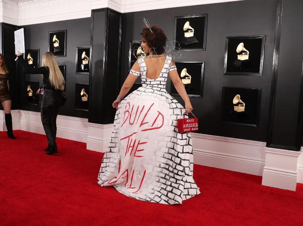 Foto: Inikah Gaya Paling Kontroversional di Grammy Awards 2019?