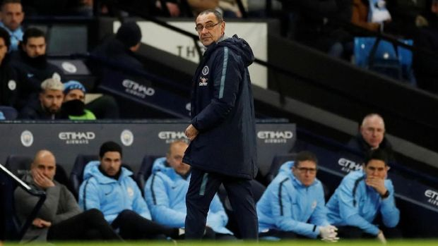 Maurizio Sarri tidak bisa menjelaskan penyebab Chelsea kalah telak dari Man City.