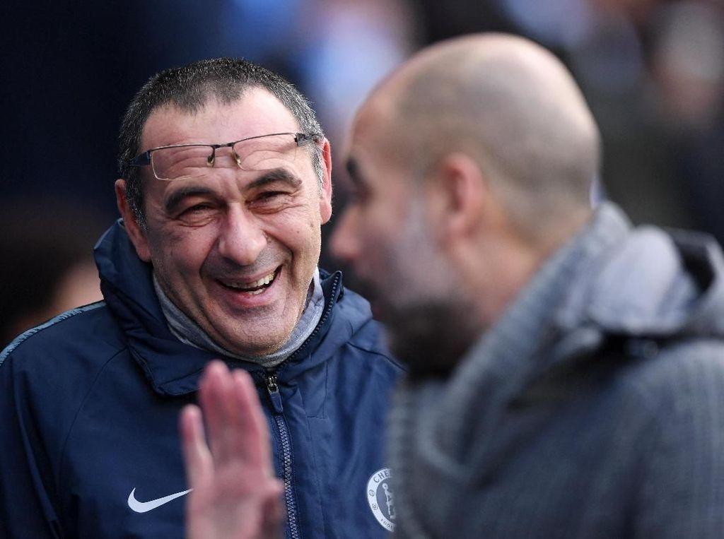 City Gasak Chelsea, Guardiola Dicuekin Sarri