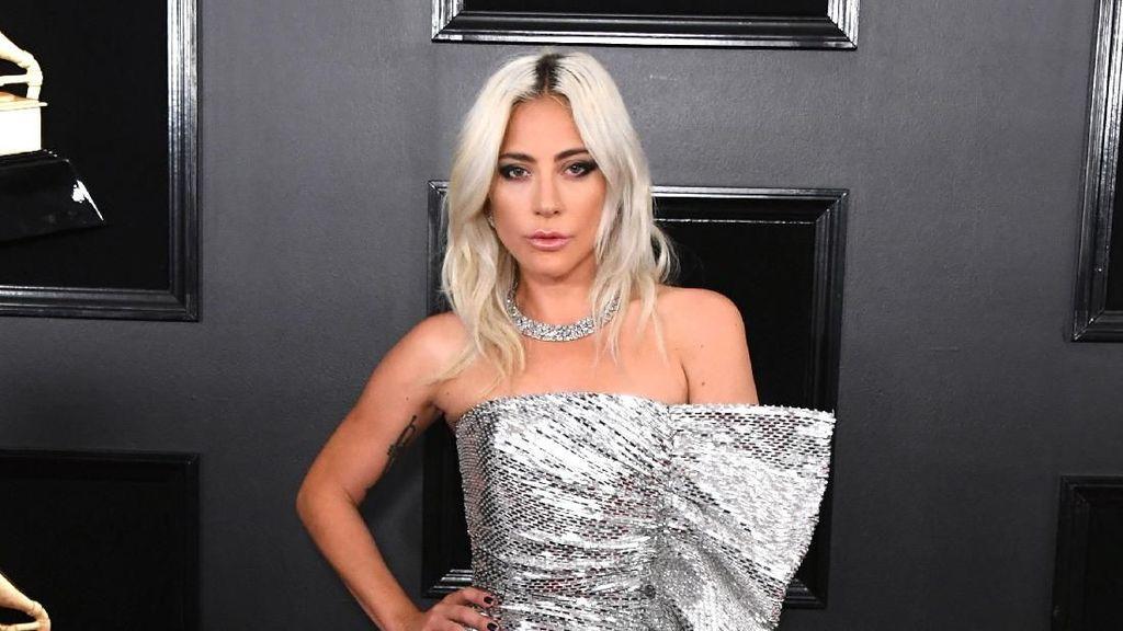 8 Penampilan Terbaik Selebriti di Grammy Awards 2019, Siapa Favoritmu?