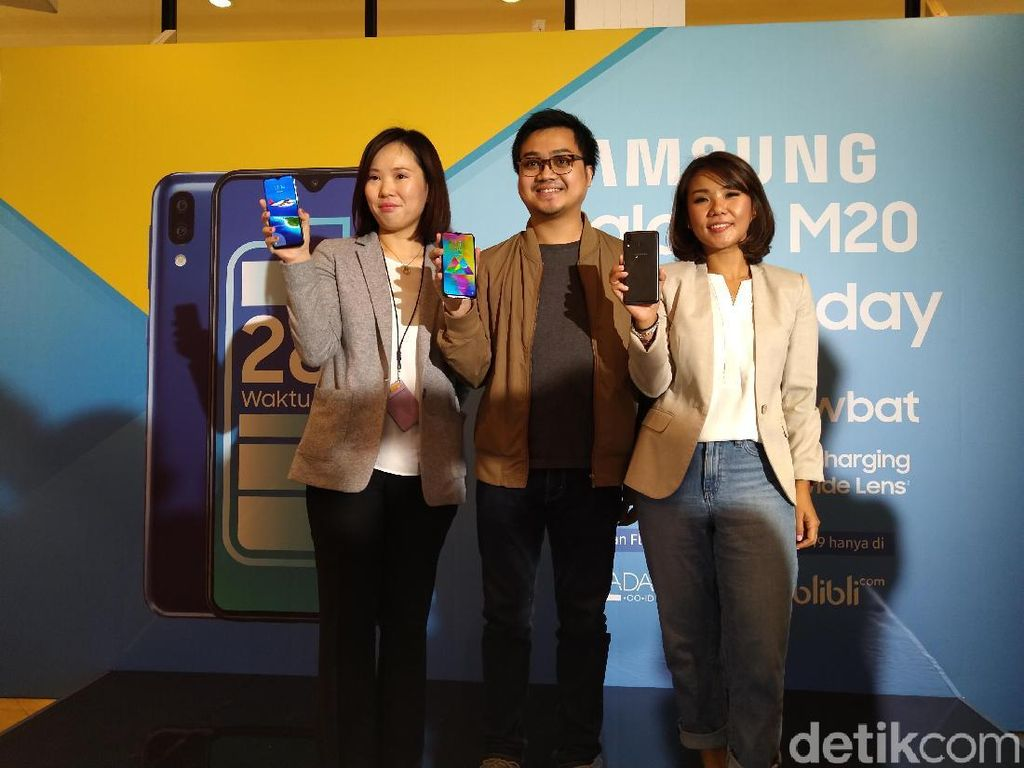 Galaxy M20 si Anti Lowbat Resmi Hadir di Indonesia