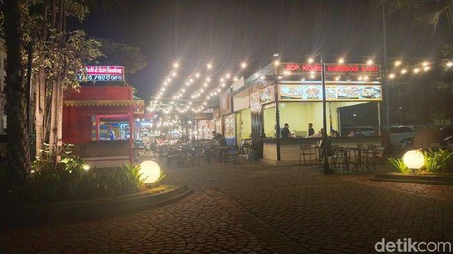 Food Court di 'Pantai Maju' Disebut Anies Tak Berizin, Ini Kata Pedagang