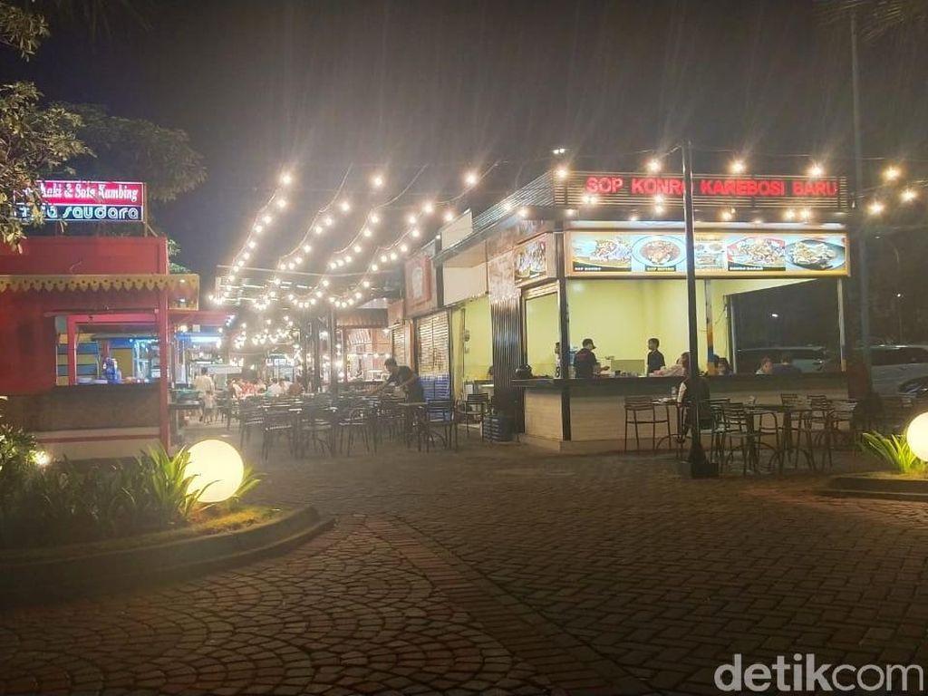Food Court di Pantai Maju Disebut Anies Tak Berizin, Ini Kata Pedagang