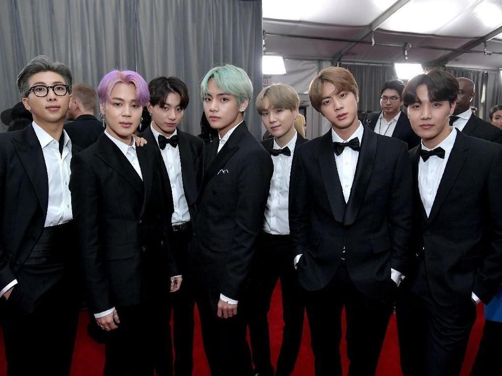 Tampil di Red Carpet Grammy 2019, BTS: Dream Come True