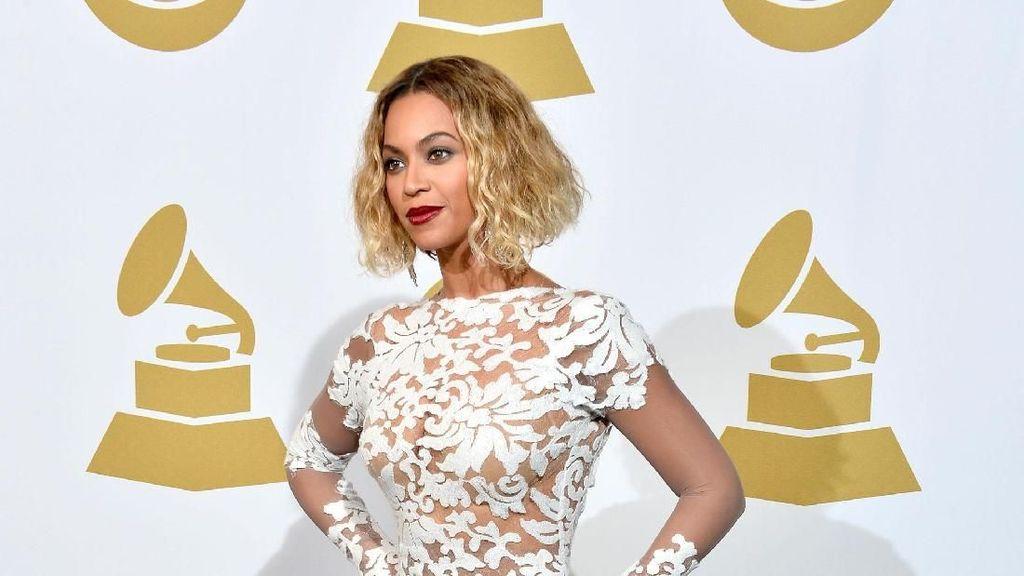 Grammy Awards 2019 Digelar, Lihat Lagi 10 Diva dengan Penampilan Terseksi