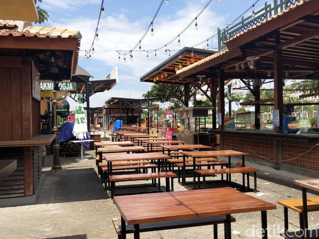 Food Court Terlarang di Pulau Buatan