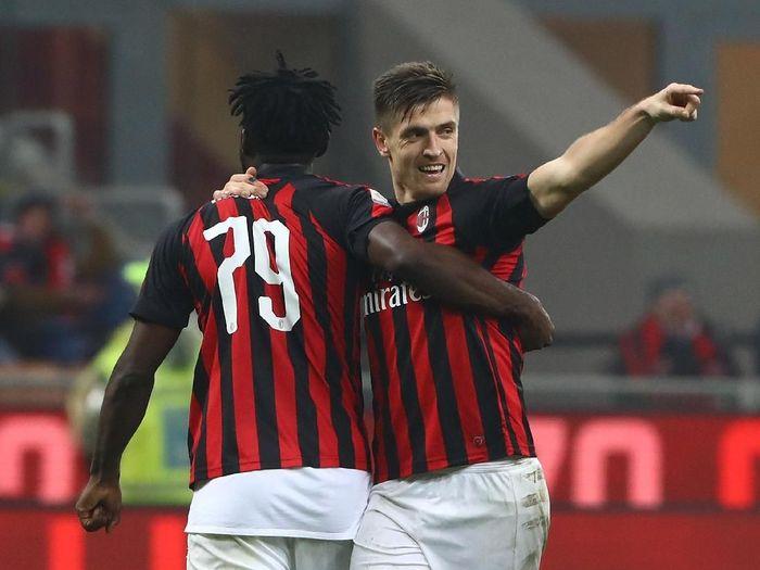 Krzysztof Piatek kembali bikin gol yang memberi AC Milan kemenangan atas Cagliari (Marco Luzzani/Getty Images)