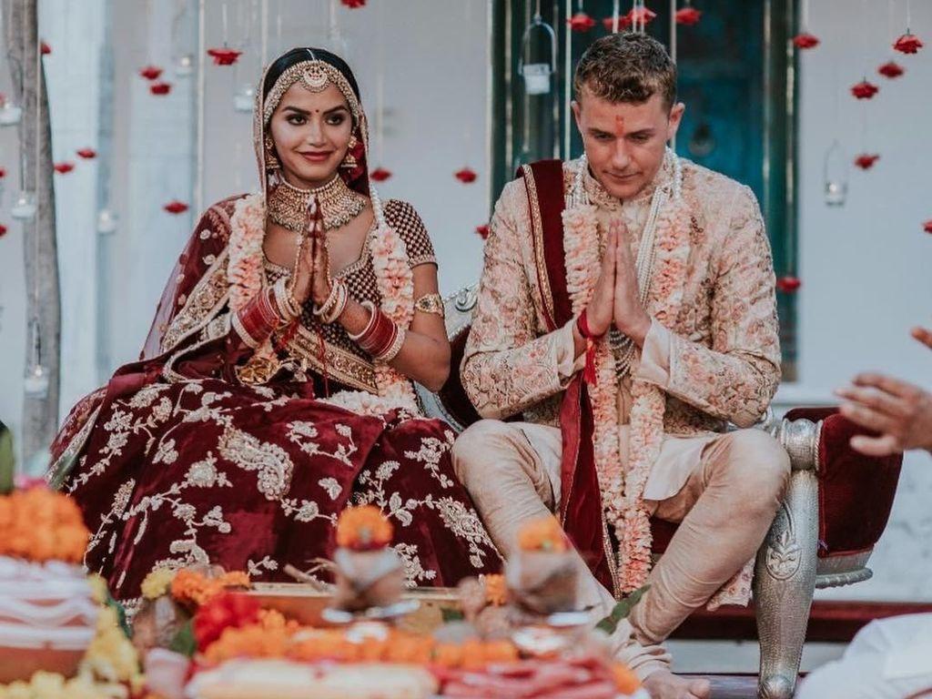 Foto: Pernikahan Mewah Selebgram India, Ganti Baju Pengantin 9 Kali