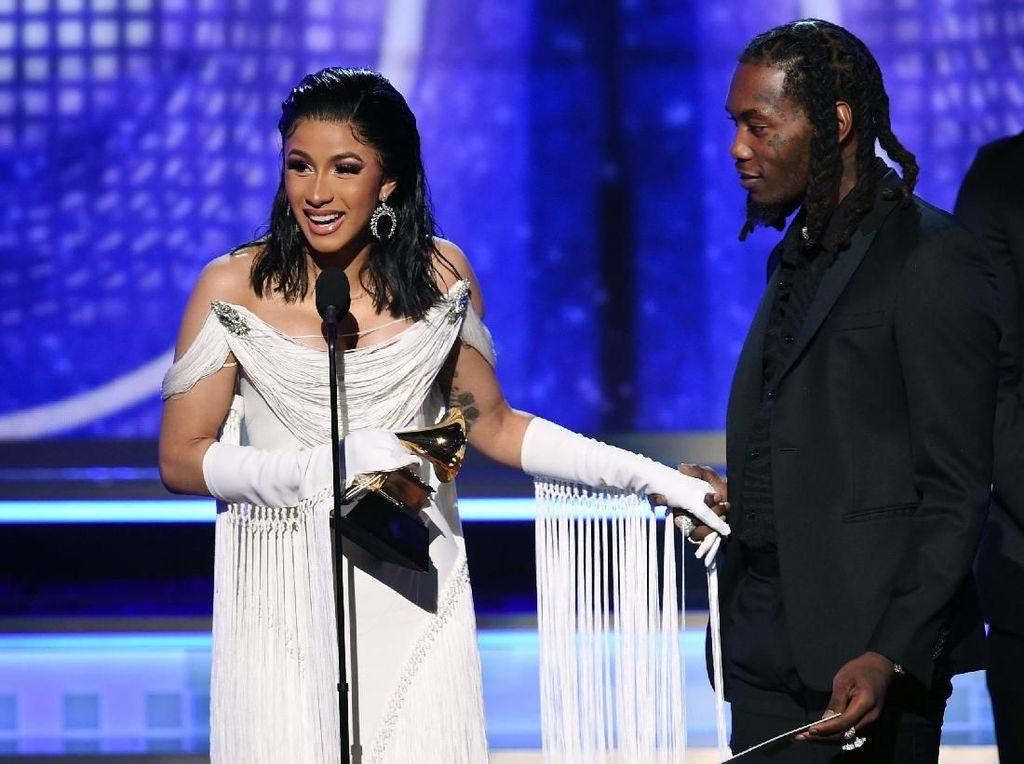 Raih Best Rap Album, Cardi B Bagi Kemenangan dengan Mac Miller