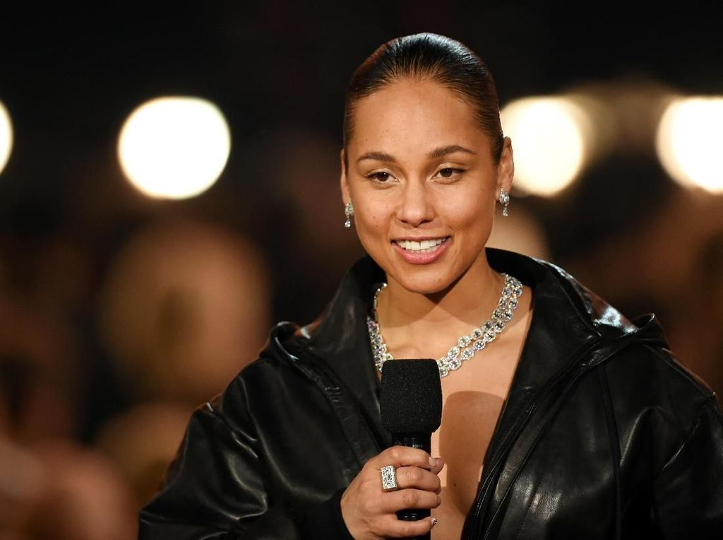 Alicia Keys Jadi Host Grammy Awards Lagi