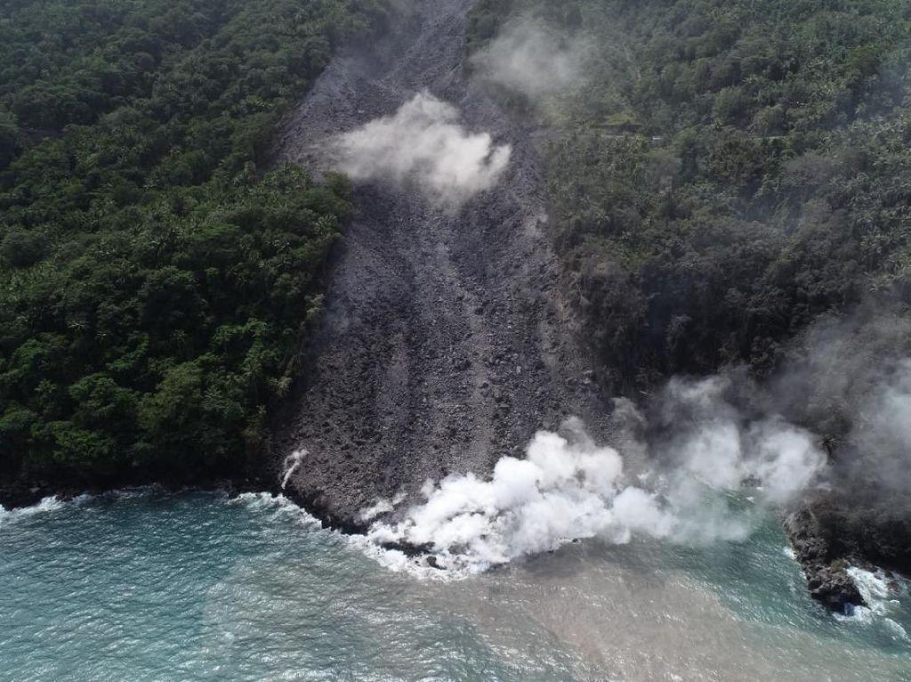 PVMBG Tetapkan Zona Bahaya Erupsi Gunung Karangetang Sulut