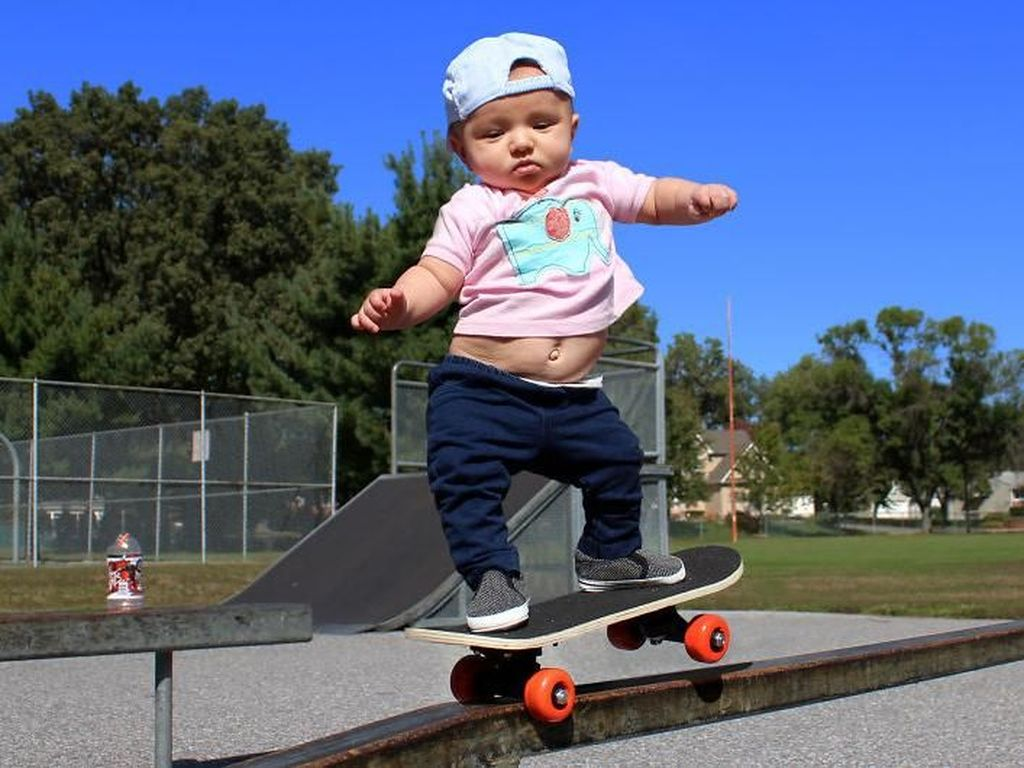 Aksi Lucu Nan Menggemaskan Saat Bayi Berolahraga
