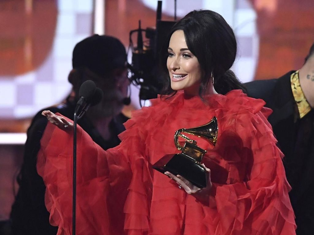 Tampil Terus, Kacey Musgraves Menang Best Country Album