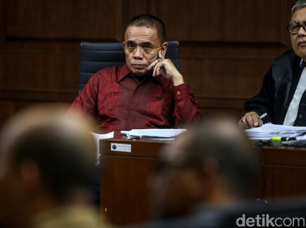 Jaksa Bongkar Aliran Dana Suap Gubernur Aceh Nonaktif