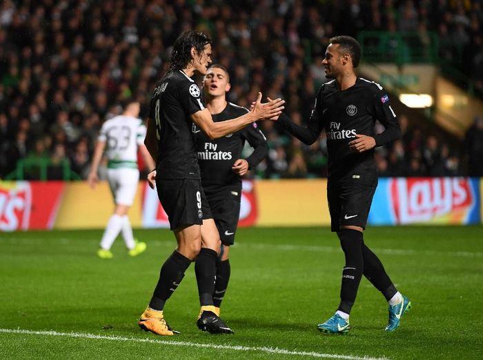 Neymar dan Edinson Cavani absen saat Paris Saint Germain bertamu ke Manchester United di Liga Champions (Mike Hewitt/Getty Images)