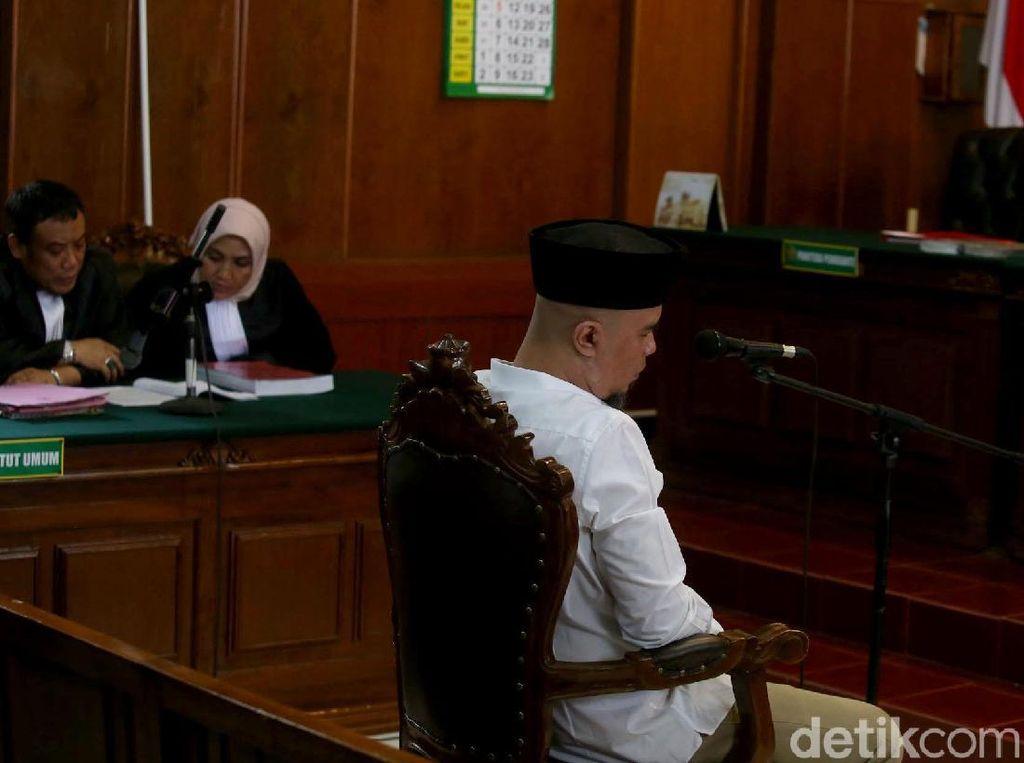 Kisah Ahmad Dhani Langsung Akrab dengan Napi di Rutan Mandaeng