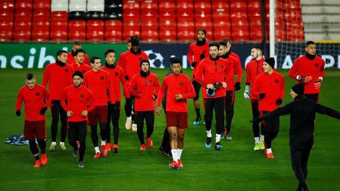 Pelatih PSG Thomas Tuchel tak yakin bisa menang di kandang Manchester United (Jason Cairnduff/Reuters)