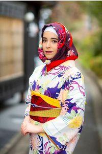 Hijabers yang Liburan ke Jepang Kini Bisa Sewa Kimono Sepaket dengan Hijab