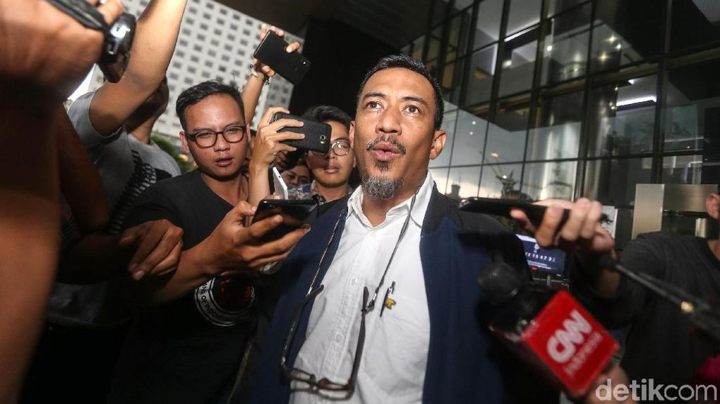 Anggota DPR Ahmad Riski Diperiksa Terkait Suap Taufik