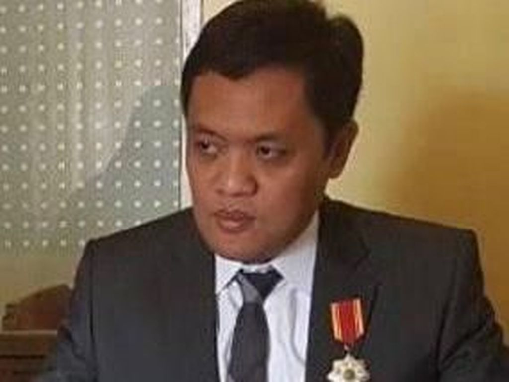 BPN Prabowo Bela Ahmad Dhani soal Pose 2 Jari Bareng Jaksa
