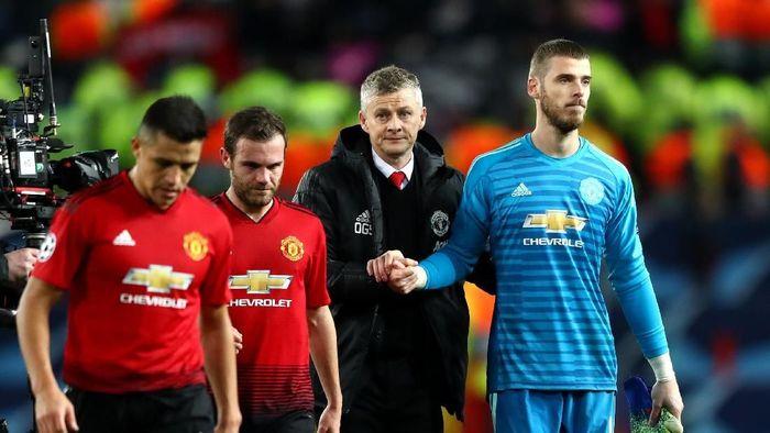 Manchester United kalah di kandang saat menjamu Paris Saint Germain di leg pertama babak 16 besar Liga Champions (Michael Steele/Getty Images)