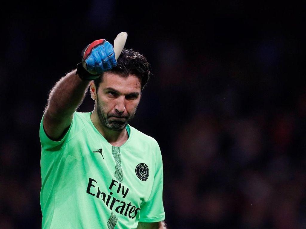 Rumor Transfer: Barcelona Tertarik Tampung Gianluigi Buffon