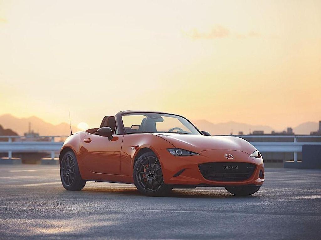 Mazda Edisi Spesial MX-5 Bikin Jatuh Cinta