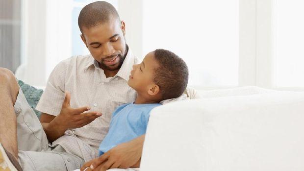 Tips Menjawab Pertanyaan Anak 'Tuhan Itu Siapa?'