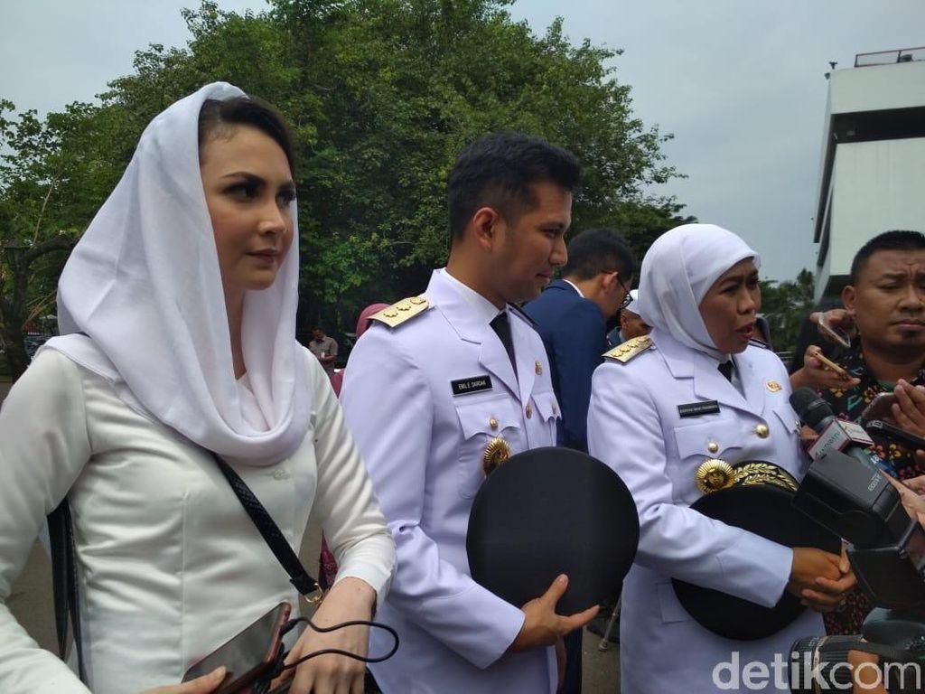 Akan Dilantik Jokowi, Emil Dardak Didampingi Arumi Bachsin