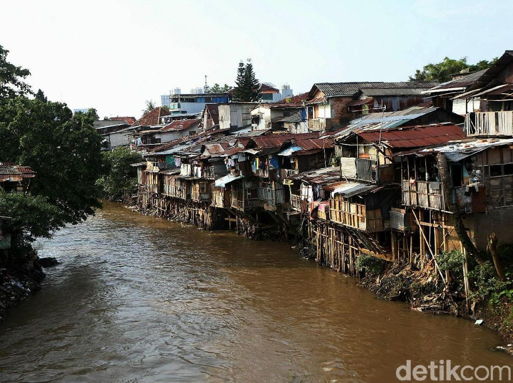 Jalan Panjang Proyek Antibanjir di Ciliwung yang Mandek