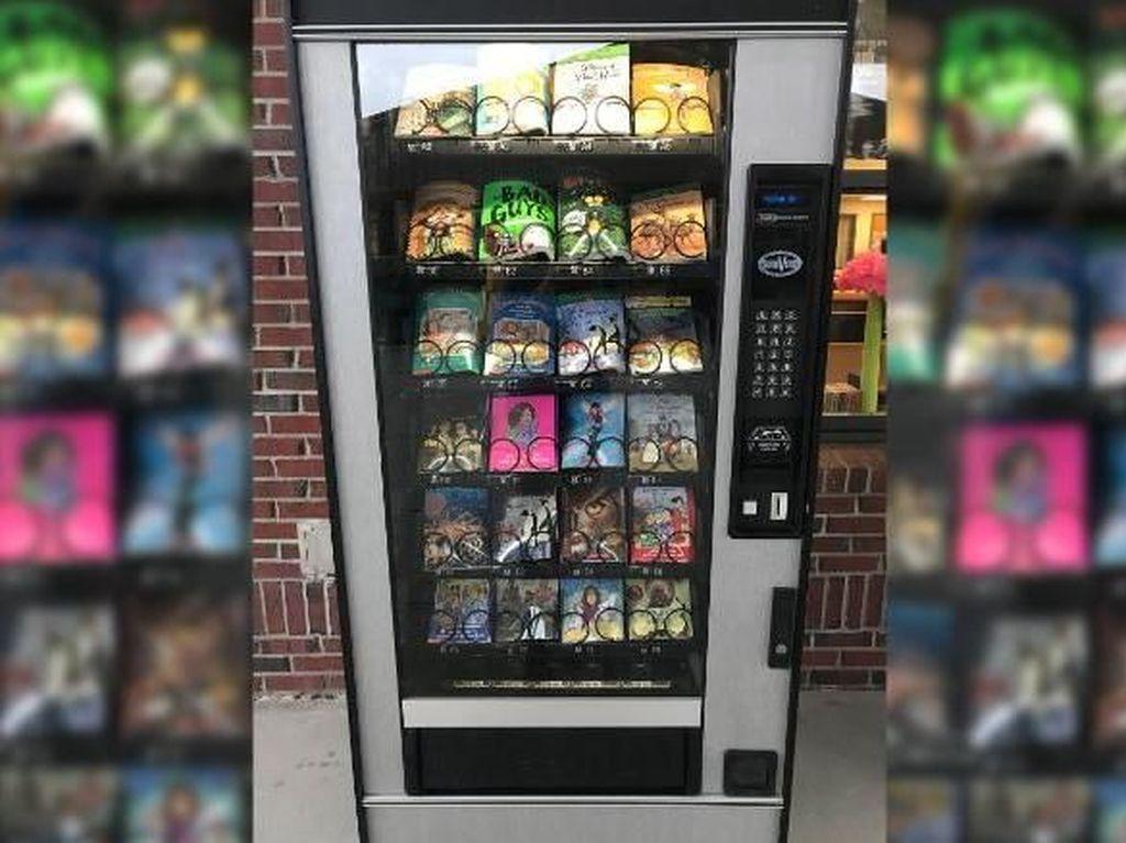 Keren! Vending Machine di Sekolah Florida Menjual Buku