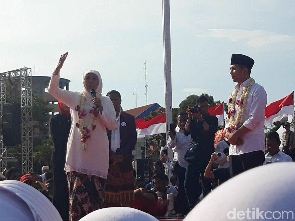 Khofifah Pidato Perdana, Emil Nyanyi Indonesia Pusaka