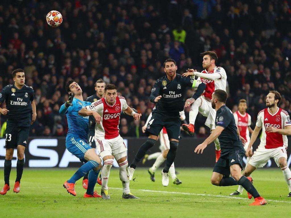 Debut VAR yang Langsung Bikin Kontroversi di Liga Champions