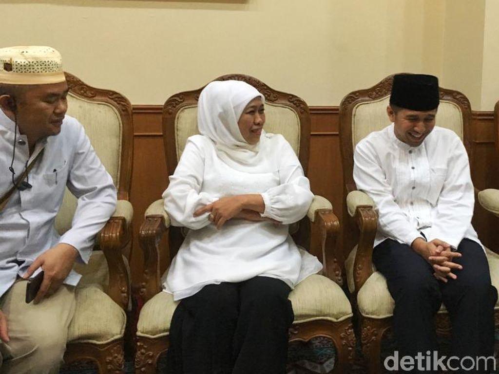 Ke Ponpes Amanatul Ummah, Khofifah-Emil Disambut Doa 99 Kiai