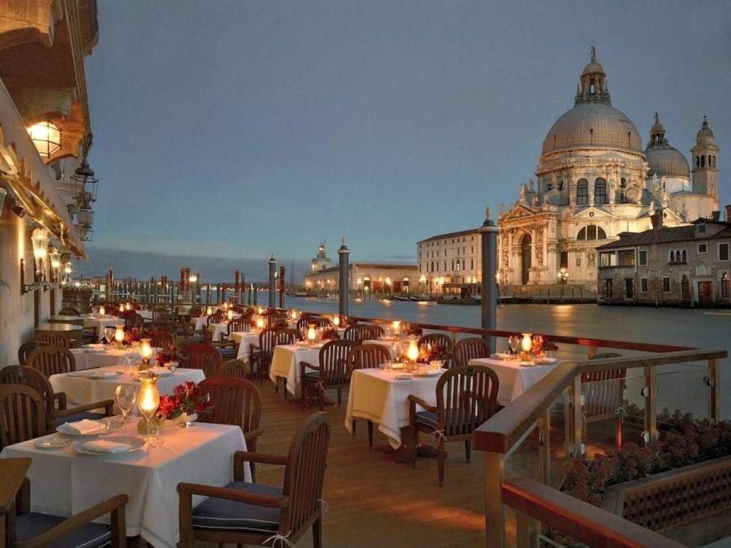 10 Restoran Paling Romantis di Dunia Untuk Rayakan Valentine
