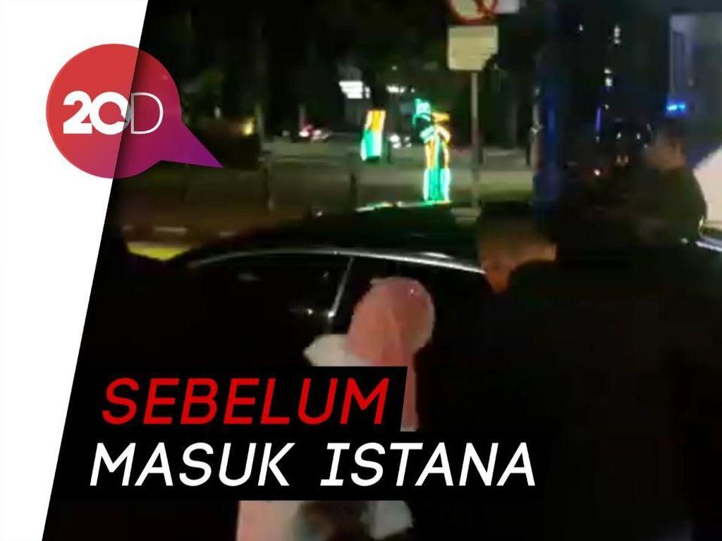 Video Momen Barikade Paspampres Jokowi Diterobos Demonstran