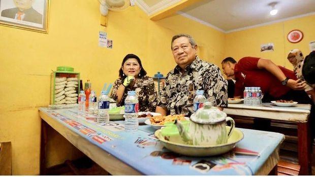 Ani Yudhoyono dan SBY