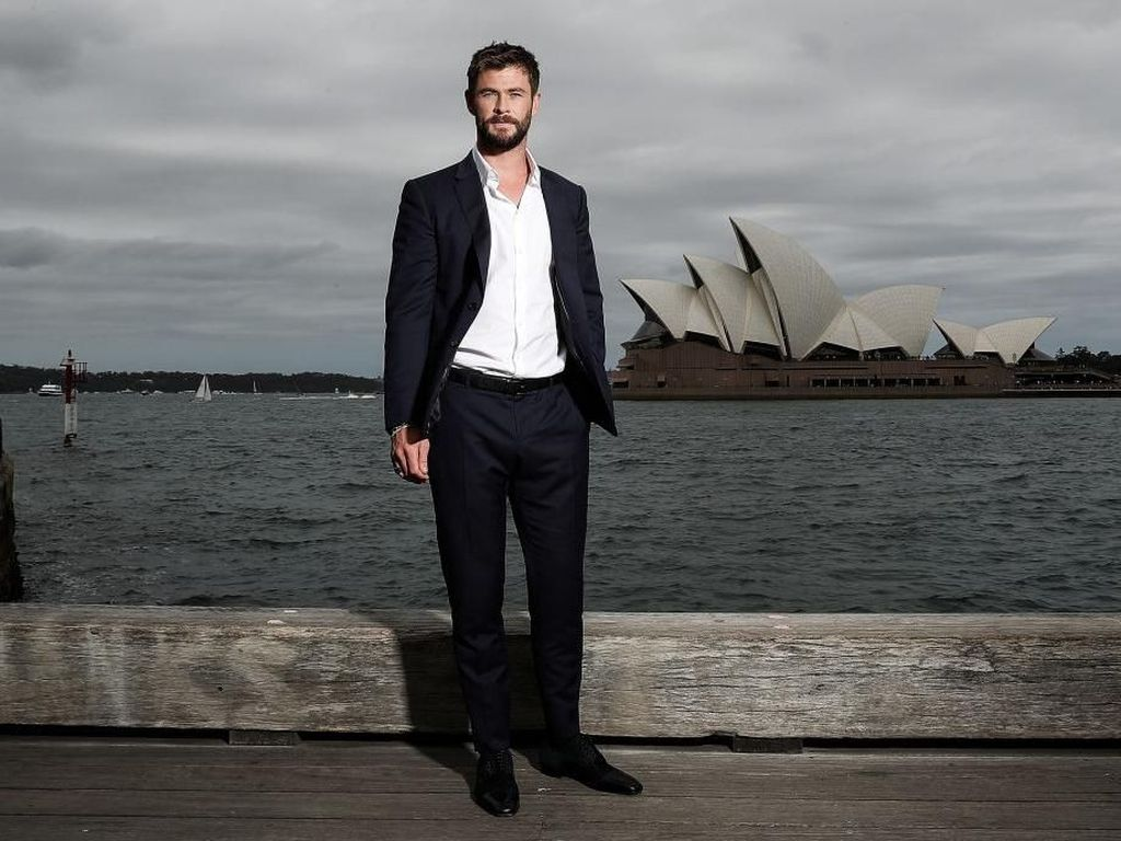 Wawancara Eksklusif Bareng Chris Hemsworth di Film Men In Black