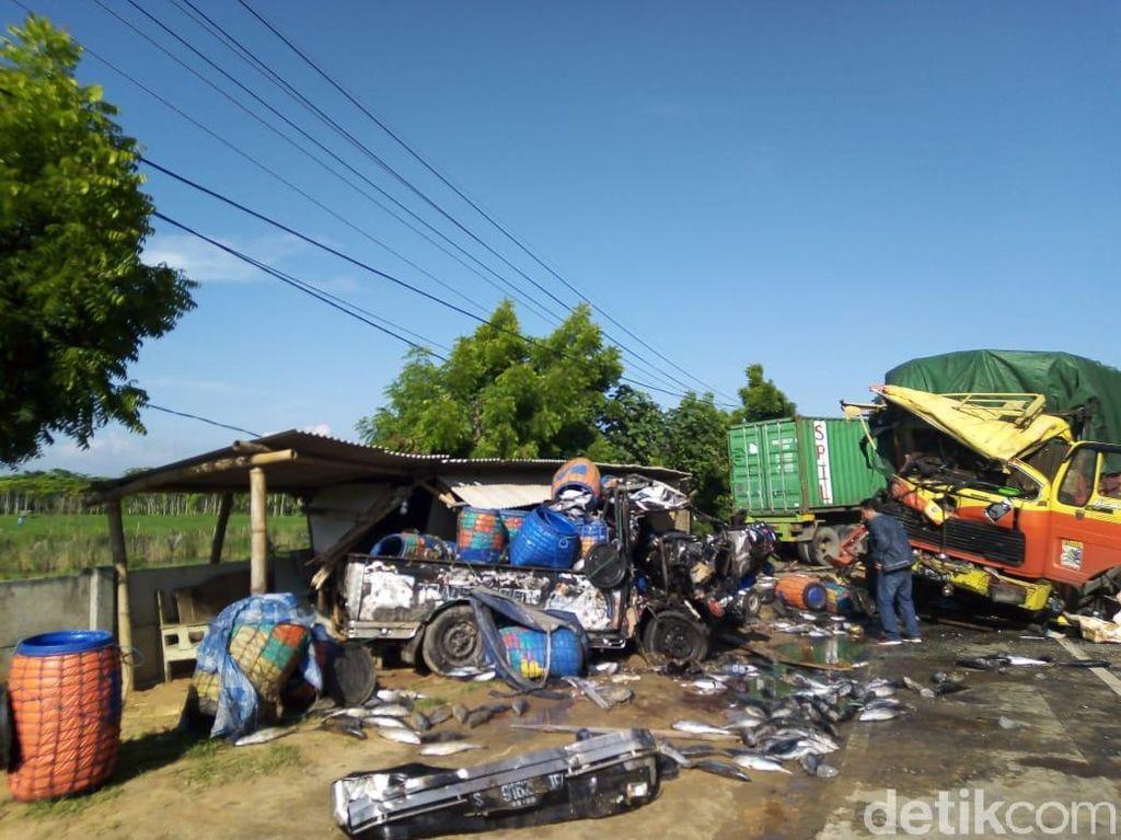 Sopir Ngantuk Picu Kecelakaan Beruntun di Tuban, 1 Orang Tewas