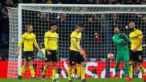 Dortmund Direpotkan Tim Juru Kunci